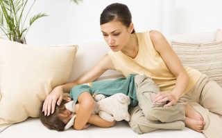 Живот болит у ребенка после рвоты: как распознать, чем лечить