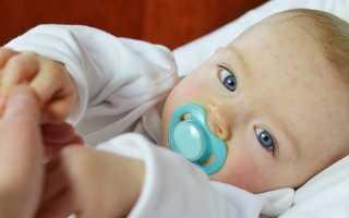 Сыпь мелкая на лбу у ребенка: что делать, как лечить