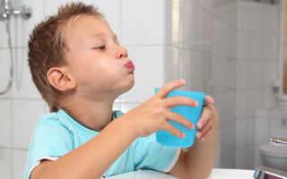 Как закалять горло ребенку: как распознать, чем лечить