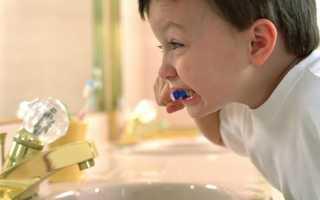 Как заставить ребенка чистить зубы