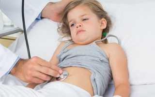 Болит у ребенка живот слева от пупка: как распознать, чем лечить