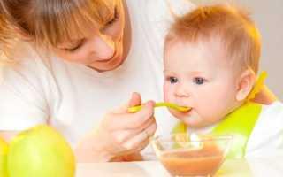 Как запечь яблоко для ребенка
